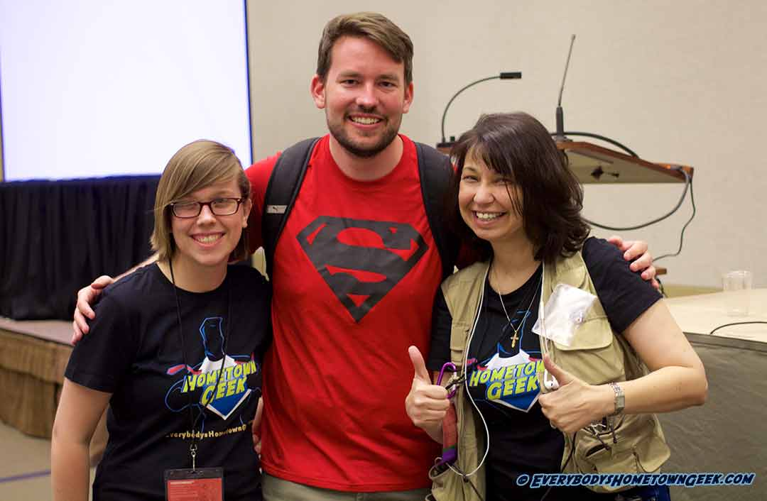 The Hometown Geeks, Deb and Liz, with DC Comics' Jason Inman (Jawiin) at Phoenix ComiCon 2016